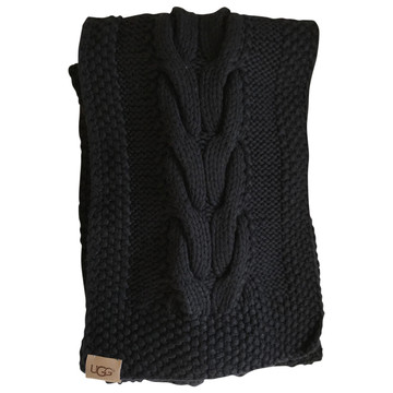 Tweedehands Uggs Sjaal