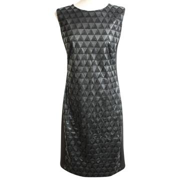Koop tweedehands designer kleding in onze online shop | The
