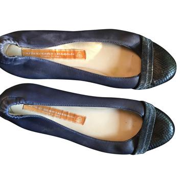 Tweedehands Attilio Giusti Leombruni Platte schoenen