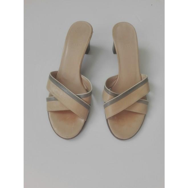 tweedehands Bally Sandalen