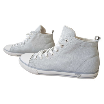 Tweedehands Guess Sneakers
