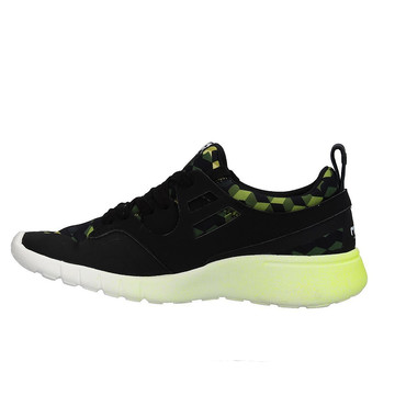 Tweedehands MOA Sneakers