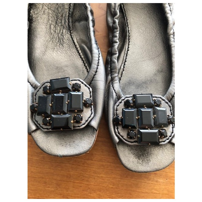 tweedehands Miu Miu Flache Schuhe