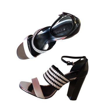 Tweedehands Supertrash Sandalen
