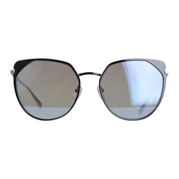 Tweedehands Longchamp Zonnebril