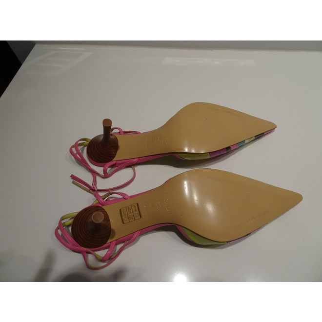 tweedehands Escada Pumps