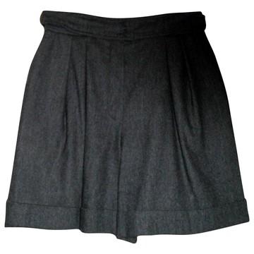 Tweedehands Escada Shorts