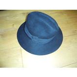 tweedehands Patrizia Pepe Hut oder Mütze