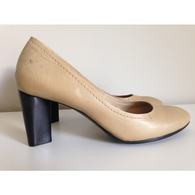 tweedehands Costume National Pumps