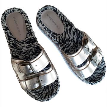 Tweedehands BCBG Flache Schuhe