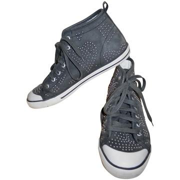 Tweedehands Guess Sneakers