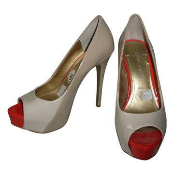 Tweedehands BCBG Pumps
