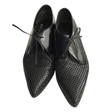 Tweedehands Pinko Flache Schuhe