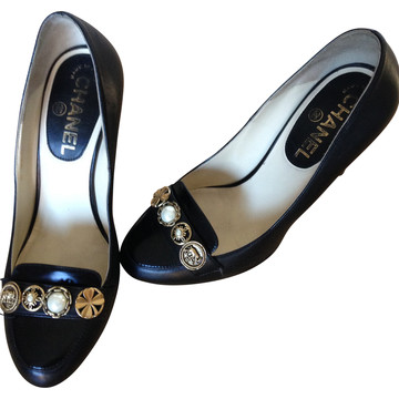 Tweedehands Chanel Pumps