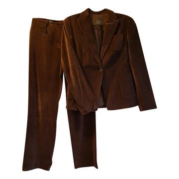 Tweedehands Toni Gard Suit