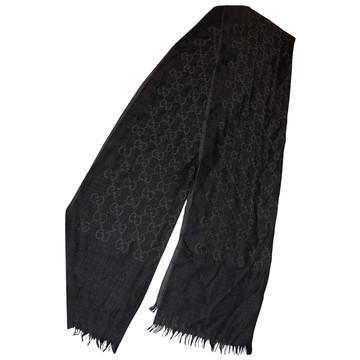 Tweedehands Gucci Schal oder Tuch