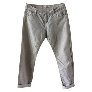 03c01a0b451bee Koop tweedehands designer kleding in onze online shop