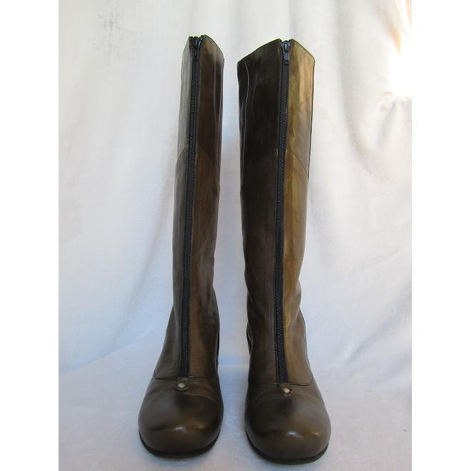 cc882e041e4 tweedehands Lisa Tucci Boots · tweedehands Lisa Tucci Boots ...