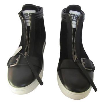 Tweedehands Marc by Marc Jacobs Sneakers