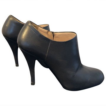 Tweedehands Prada Ankle boots