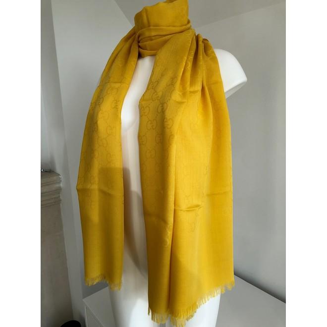 31c9b768e63 ... tweedehands Gucci Sjaal ...