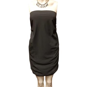 Koop tweedehands designer kleider in onze online shop   The Next Closet bac1c3e5c9