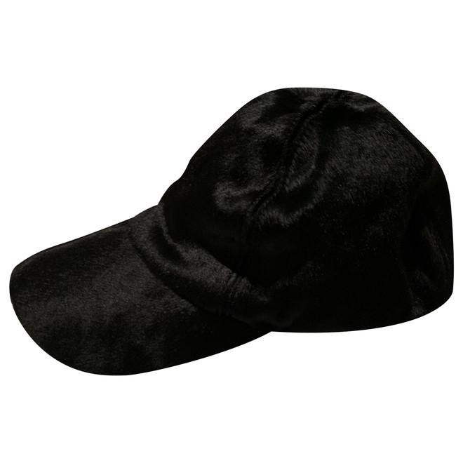 tweedehands Armani Hut oder Mütze