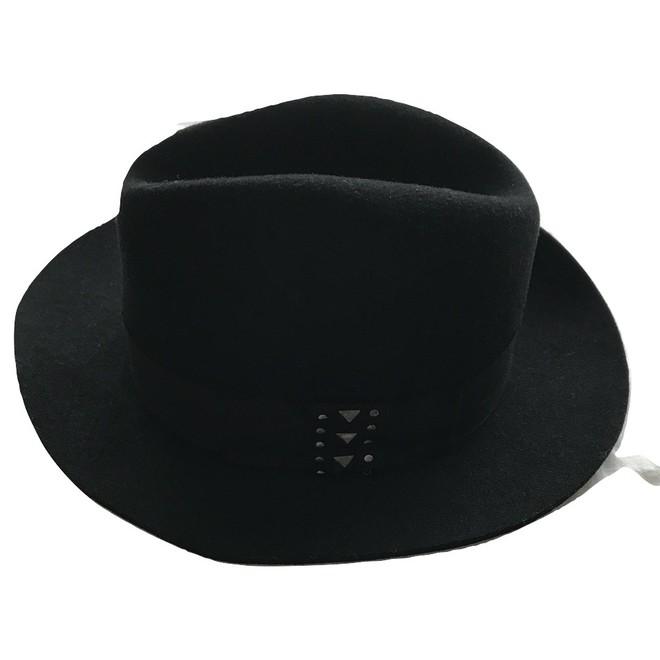 tweedehands Karl Lagerfeld Hoed
