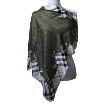 Tweedehands Burberry Sjaal
