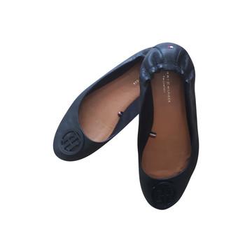 Tweedehands Tommy Hilfiger Platte schoenen