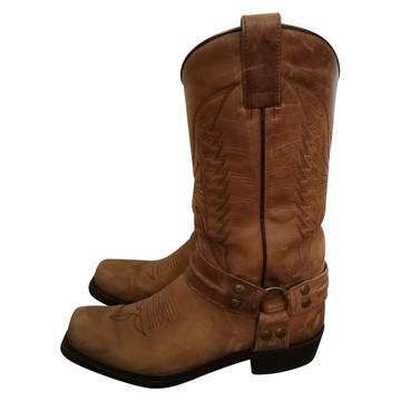 Tweedehands Sendra Boots