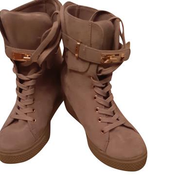 Tweedehands Anonyme Sneakers