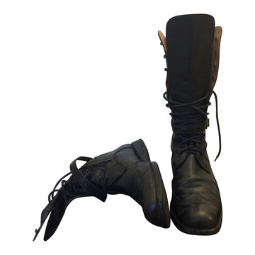 Tweedehands Armani Stiefel