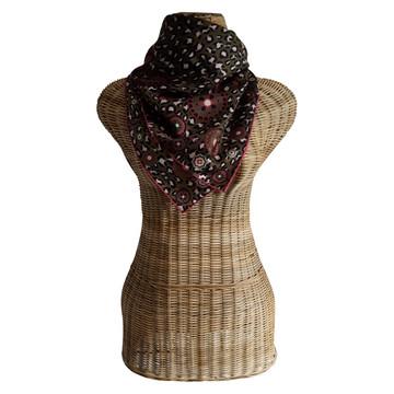 Tweedehands Longchamp Schal oder Tuch