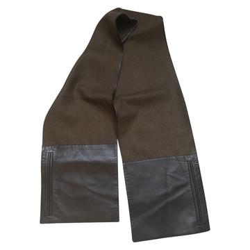 Tweedehands Loewe  Schal oder Tuch
