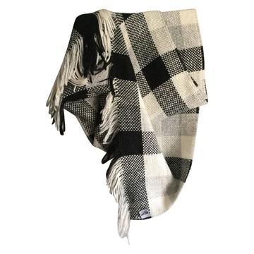 Tweedehands Moschino Schal oder Tuch
