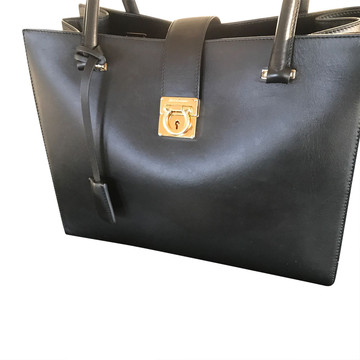 Tweedehands Salvatore Ferragamo Handbag