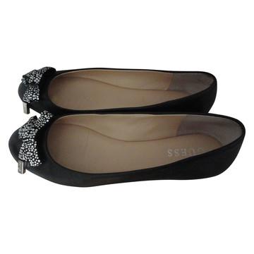 Tweedehands Guess Loafers
