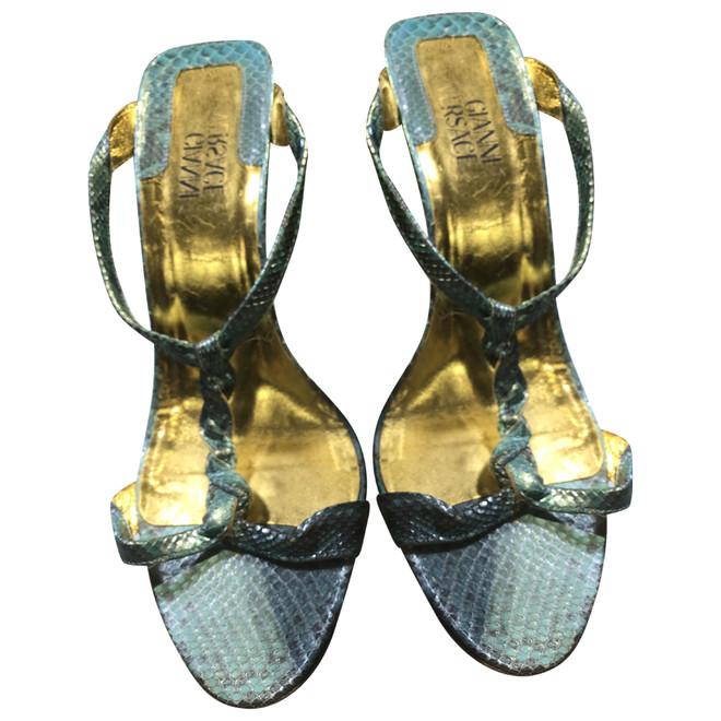 tweedehands Versace Sandalen