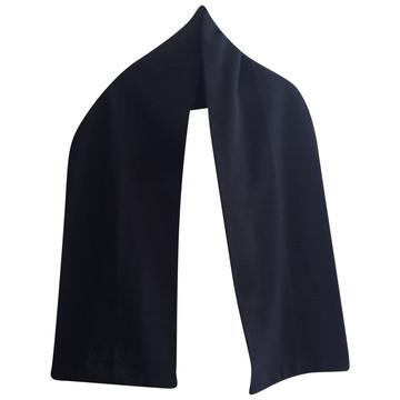Tweedehands Armani Schal oder Tuch