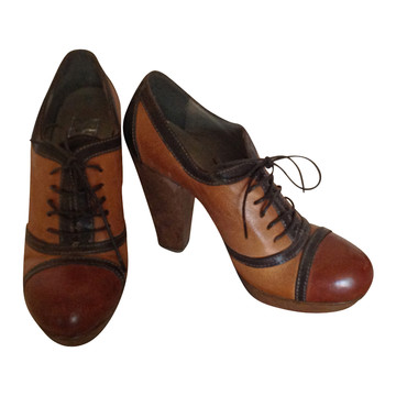 Tweedehands Moma Lace ups