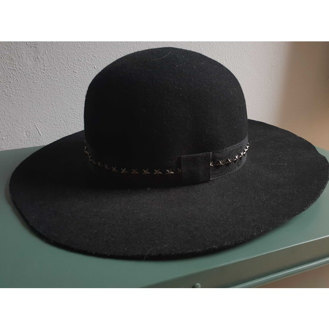 tweedehands Jimmy Choo Hut oder Mütze