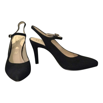 95efbcc2dff5 Koop tweedehands designer kleding in onze online shop