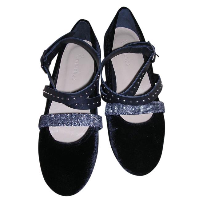 tweedehands March 23 Flache Schuhe