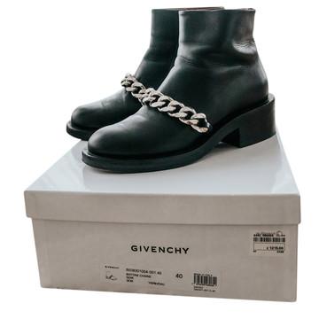 Tweedehands Givenchy Enkellaarzen