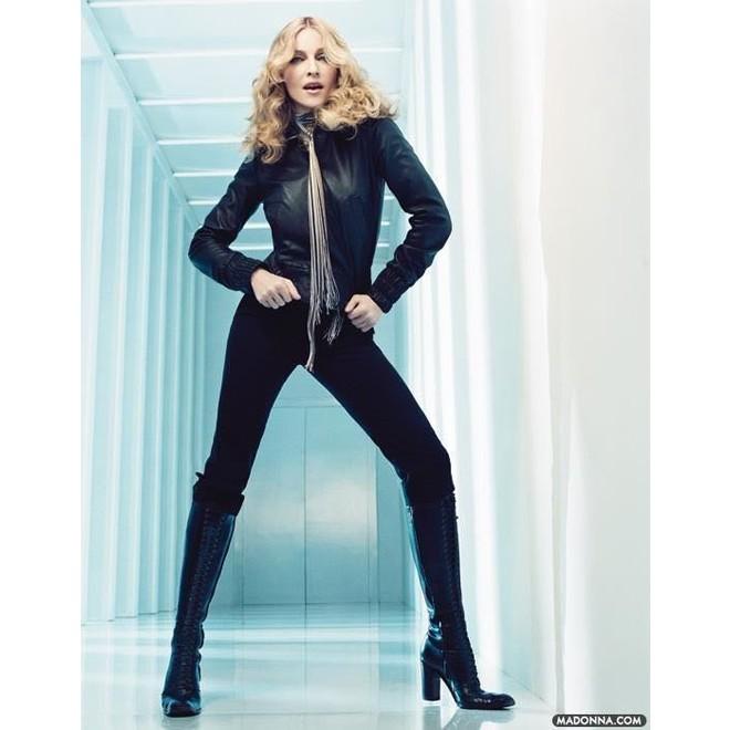 tweedehands H&M X M BY Madonna Sjaal