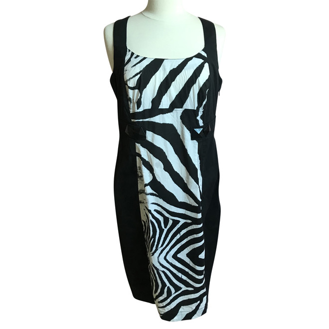 check out 3e46b 88de2 Blacky Dress Dress | The Next Closet