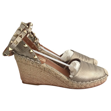 Tweedehands Valentino Wedges