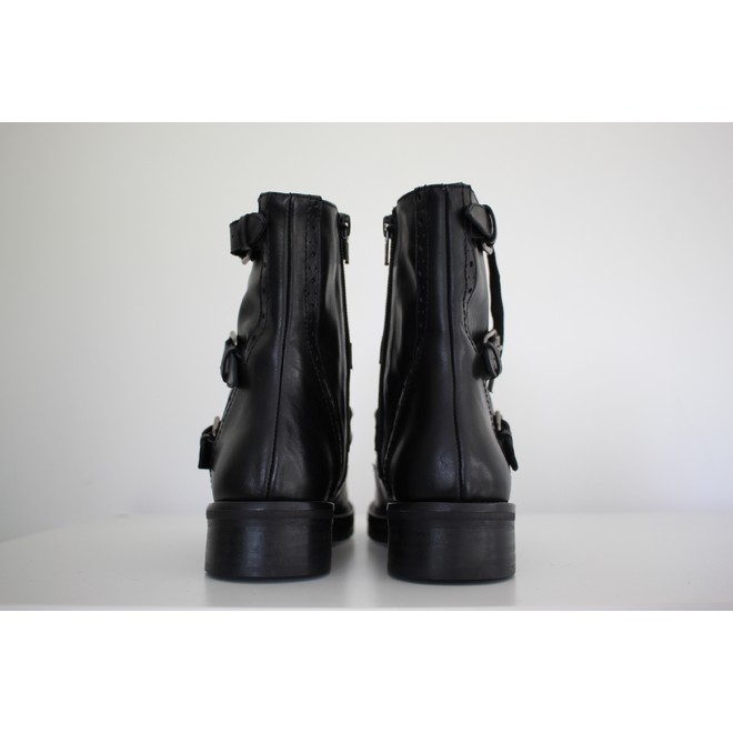 tweedehands March 23 Ankle boots