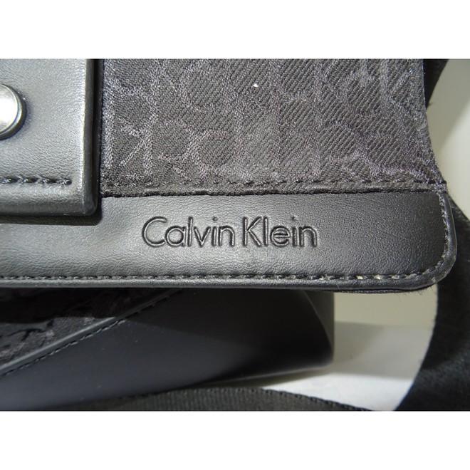 tweedehands Calvin Klein Schoudertas